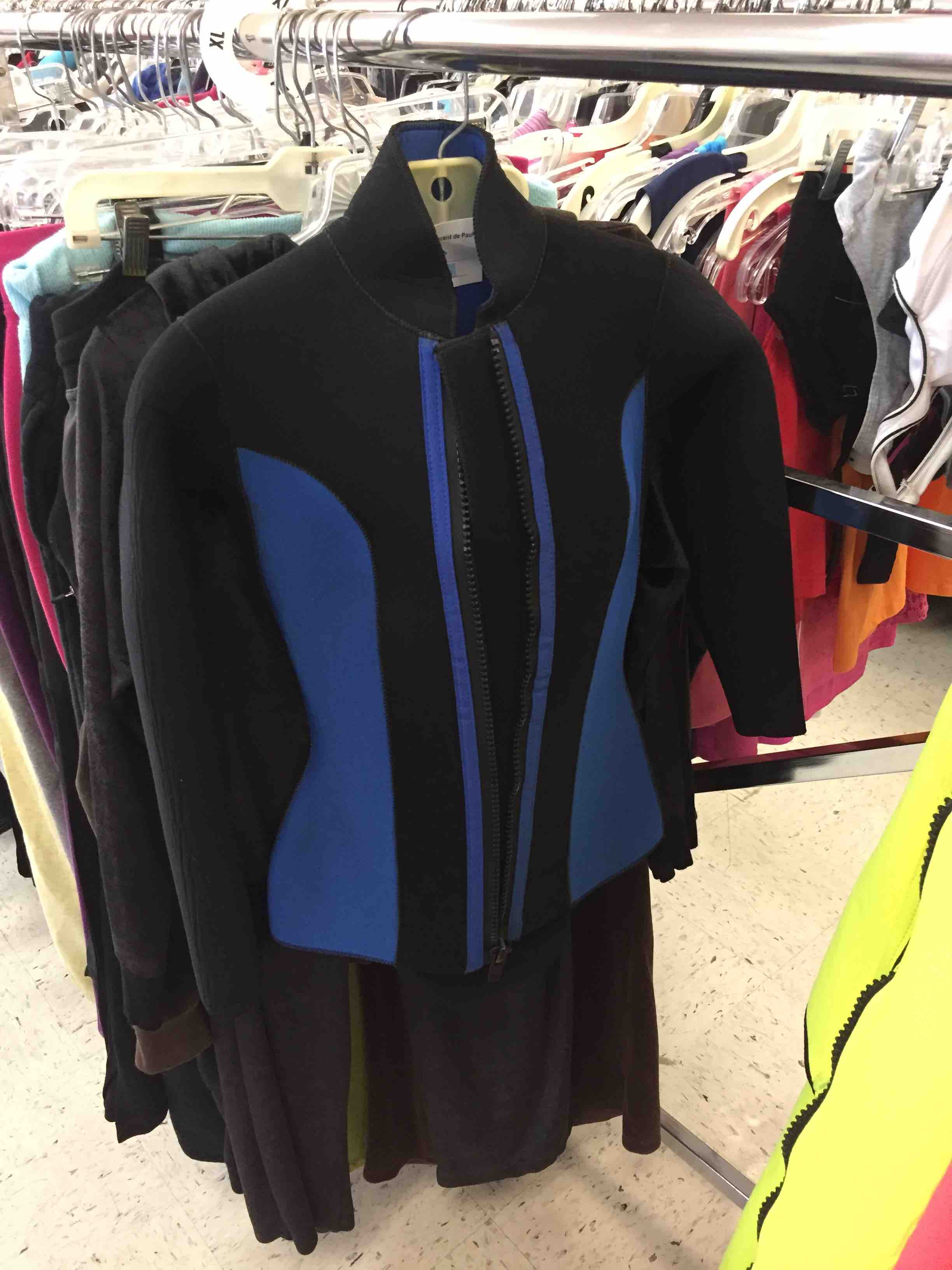 Wetsuit jacket size small